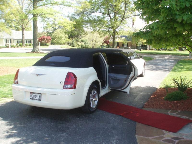 Chrysler 300 limousine