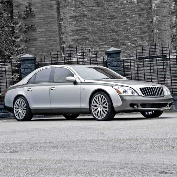 Maybach 57 Luxury Sedan