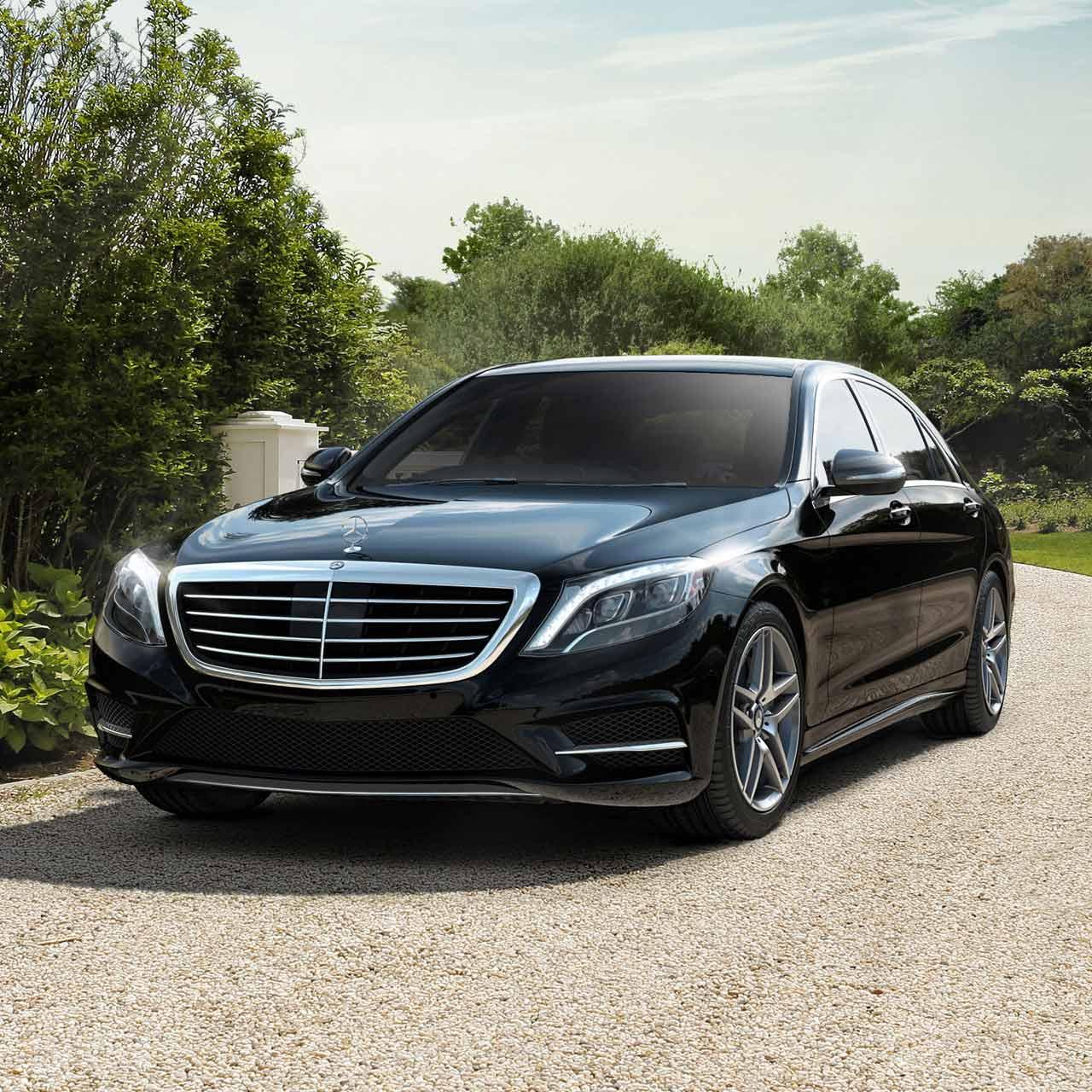 Mercedes S550 Luxury Sedan